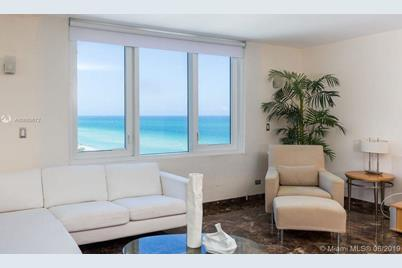 2301 Collins Ave #1012 - Photo 1
