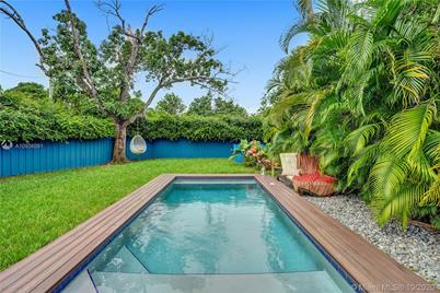 1321 S Biscayne Point Rd - Photo 1