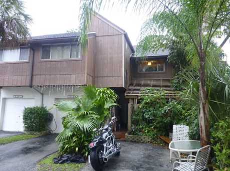8246 NW 9 St #6 - Photo 2
