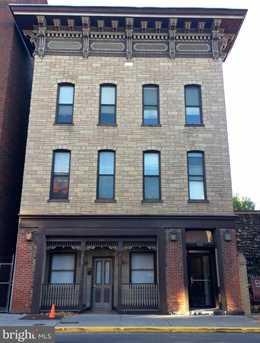 214 Queen Street N - Photo 1