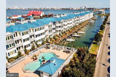 13000 Marina View Lane #10 - Photo 1