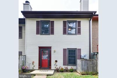 1108 Randolph Street N - Photo 1