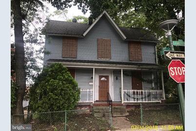 1553 Homestead Street - Photo 1