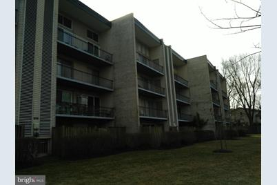 5574 Burnside Drive #1 - Photo 1