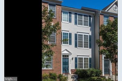 42916 Pamplin Terrace - Photo 1