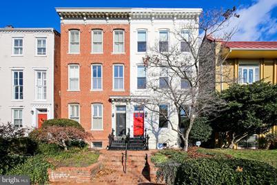 318 Constitution Avenue NE - Photo 1