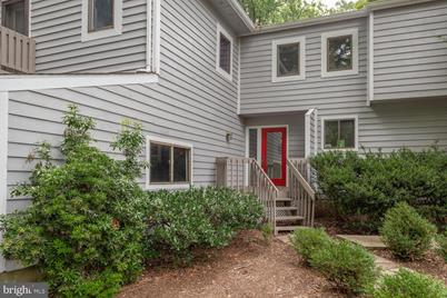 1080 Carriage Hill Court - Photo 1