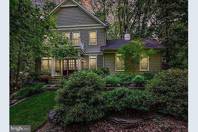 706 Riverview Terrace - Photo 1