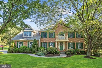 Magnificent 1887 Amanda Lane Finksburg Md 21048 Home Interior And Landscaping Synyenasavecom