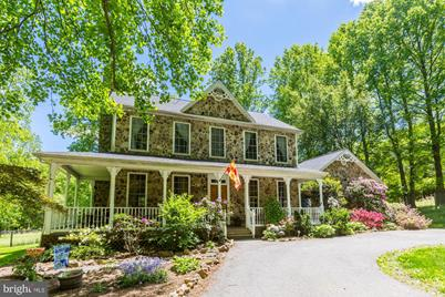 6731 Mink Hollow Road - Photo 1