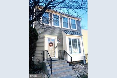4013 Sparrow House Lane - Photo 1