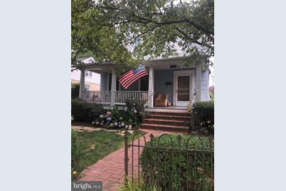 4521 Buchanan Street - Photo 1