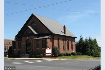 200 E Church Street #B - Photo 1
