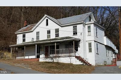 10 Cacapon Road - Photo 1