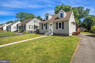 137 Sherwood Avenue, Hamilton Township, NJ 08619