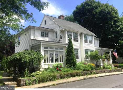 402 Linden Street - Photo 1