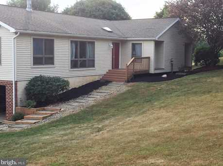 4 Yeager Ln - Photo 1