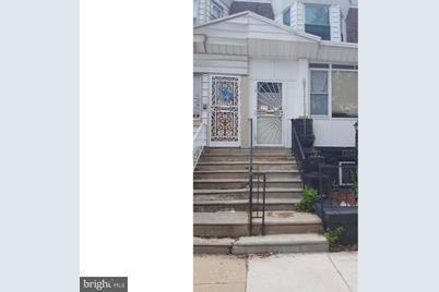6140 Spruce Street - Photo 1