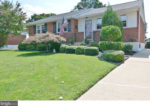 1604 Willow Ave - Photo 1