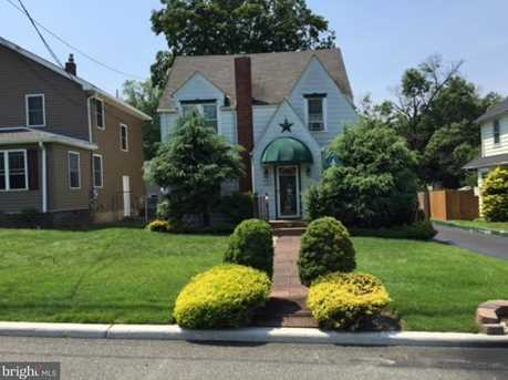 556 Bordentown Chesterfield Road - Photo 1
