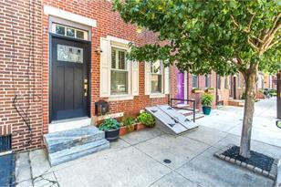 622 Carpenter Street - Photo 1