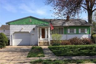 2918 Lawnton Avenue - Photo 1