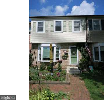 63 Carriage Dr - Photo 1