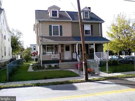 304 W Walnut Street - Photo 1