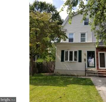 845 8th Ave - Photo 1