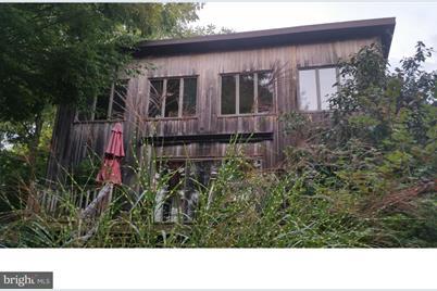 528 Ridge Road - Photo 1