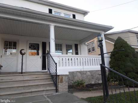 152 Jackson Ave - Photo 1