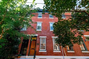 2210 Mount Vernon Street - Photo 1