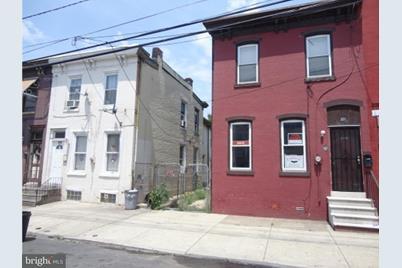 321 Walnut Street - Photo 1