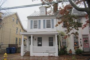 210 Garden Street - Photo 1