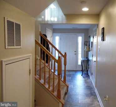 227 Windsor Court - Photo 1