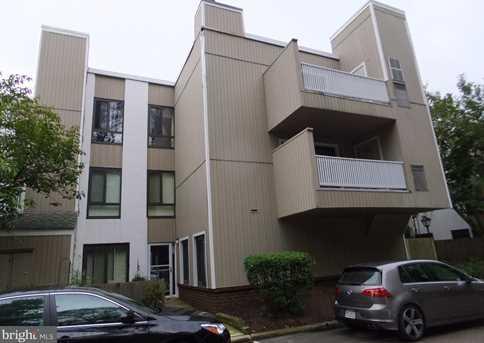 1750 Oakwood Terrace #14C - Photo 1