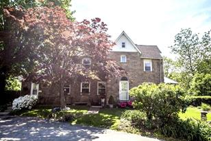 520 W Mount Pleasant Avenue - Photo 1