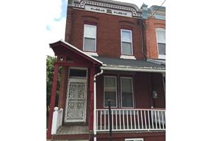 3928 Poplar Street - Photo 1