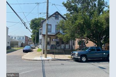 432 Middlesex Street - Photo 1