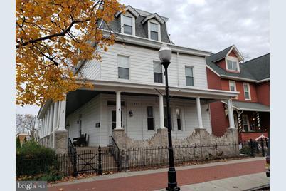 427 Monmouth Street - Photo 1