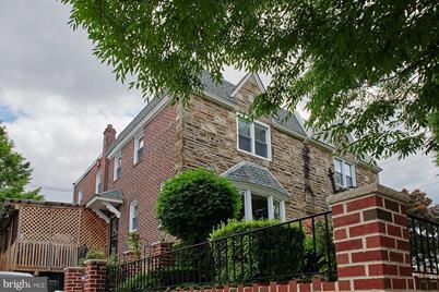 802 E Sharpnack Street - Photo 1