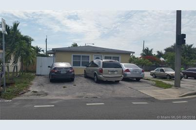 1300 NW 7th Ave - Photo 1