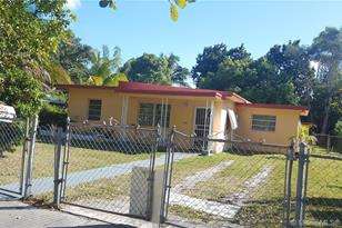 1520 NW 121st St - Photo 1