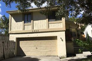 9990 SW 218th Ter - Photo 1