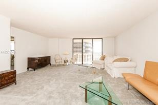 9801 Collins Ave #16S - Photo 1