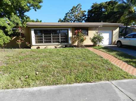 9480 Dominican Dr - Photo 1