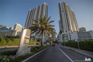 350 S Miami Ave #1507 - Photo 1