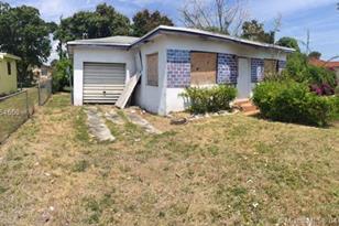 10239 SW 173rd St - Photo 1