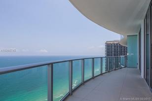 4111 S Ocean Dr #LPH2 - Photo 1