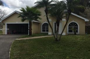 3160 SW 139th Ave - Photo 1